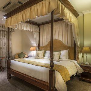 Bridal Suite Three Swans Market Harborough